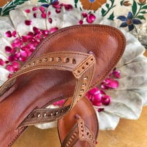 Handcrafted Camel Leather cushioned Sandals